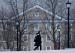 美国大学教育正冰火两重天,过去一年65万教职工被辞退!