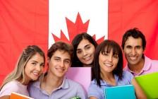 加元汇率低迷 留学费用大减学生弃美投加
