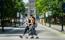 多伦多大学和约克大学机场接送免费住宿吃喝隔离,只为请你上学!