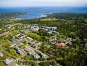厉害了,加拿大维多利亚大学!教授被授予加拿大最高荣誉,商科进入全球前100!
