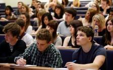 加拿大留学生数量或在今年9月开学大幅度减少