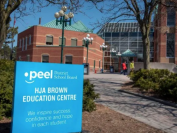 多伦多密市公立小学网课出现少儿不宜内容,连续两天被黑客攻击!