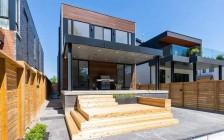 加拿大房价达历史最高点  2021年房价继续上涨6%