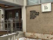 麦吉尔大学宿舍爆疫情44名学生确诊  驱逐违规学生一周