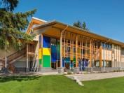 加拿大BC省温哥华岛著名AP寄宿私立学校—皇后玛格丽特学校