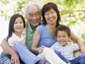 父母移民名额供不应求 加拿大推荐超级签证