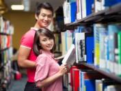 """中国留学生成了加拿大新""""弱势群体"""""""