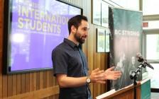 国际留学生学费暴涨 BC省学生社团不再沉默 在大维发起抵制活动!