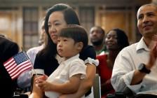 美国大学入学平权问题亚裔常被利用