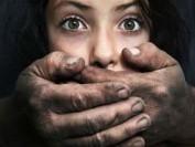教授索吻拉女生手放入裤裆 投诉性侵  魁北克大学3年还未公布惩处
