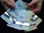疫期经济下滑 加拿大人现金储蓄却创纪录