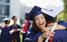 来美国大学读研不再吃香?录取和申请数连续减少 这个热门专业降最多