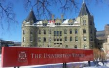 太残酷了!加拿大这间大学过半学生不能毕业,多大、滑大每年数千名学生在哭…