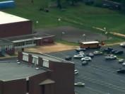 华盛顿郊区高中发生枪击案1死1伤 似属于家庭纠纷