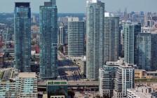 谨防在多伦多买公寓  儿童远距离入学公校