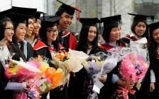 何时送孩子留学:高中还是大学?