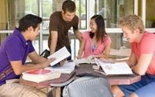 安大略省10年级OSSLT考试  女生远胜男生