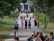 美国综合性大学和文理学院到底有什么区别?