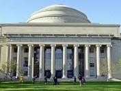 麻省理工学院校长:美国拒绝留学生是灾难性自毁