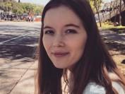 美国21岁女大学生玫瑰岛玩浮潜 遭3鲨鱼撕咬致死