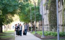 一年要花8万多美金!芝加哥大学和哥伦比亚大学学费全美最贵