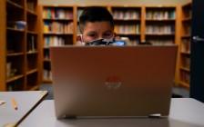 加拿大多伦多学校网课教学问题多 学生成绩两极分化