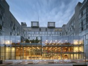 美国华尔街日报发社论呼吁高院审理告哈佛大学歧视案