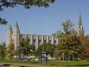 加拿大最古老的大学—魁北克拉瓦尔大学