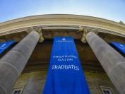 加拿大最古老的学术殿堂之一:多伦多大学