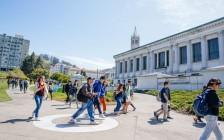 美国加州大学系统十个校区秋季开学计划
