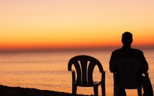 移民在加拿大更孤独 精神健康需要关注
