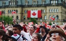 加拿大快速移民项目抽签分数大降  从400降至75!