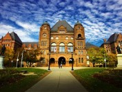 盘点加拿大最难进的10所大学!