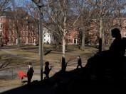 纽约时报: 调查显示逾四分之一美国本科女生曾遭性侵