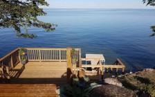 多伦多人今夏抢购约克区湖边独立屋