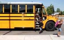 多伦多公立学校可错峰2周开学,新计划削减高风险班级规模