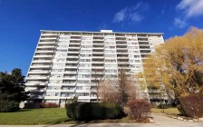 加拿大政府拟设置国家级外国买家税!公寓危险了!