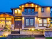 豪宅双城记:多伦多房价看涨 温哥华房价看跌