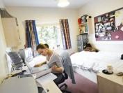 应对疫情 多伦多大学三个校区宿舍全部改为单人房