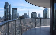 多伦多地区公寓租价接续跌:房源猛赠供大于求!