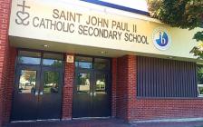多伦多天主教教育局的优质IB公立高中:St.John Paul II Catholic Secondary School