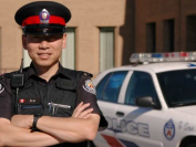 中国教师移民加拿大做警察 历时5年修成正果