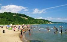 多伦多湖滩开放 夏令营7月13日起重开