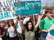 """多伦多公立教育局TDSB允学生9月10日停课参加应对""""全球气候变化示威"""""""