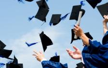 安省教育厅长呼吁学校不要取消毕业典礼和舞会