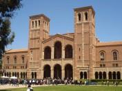 揭秘美国大学的学费游戏