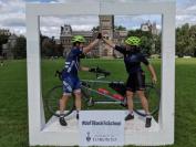 多伦多大学美国新生 骑行900公里到校报到