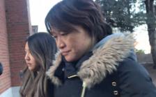 行贿40万美元送儿子进名校 美国大学申请舞弊案华裔母亲认罪