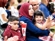 加拿大各省预计未来3年增收新移民 只有魁北克省准备减20%