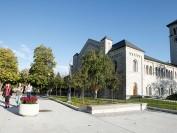 加拿大四大名校之女王大学Queen's University的申请和录取